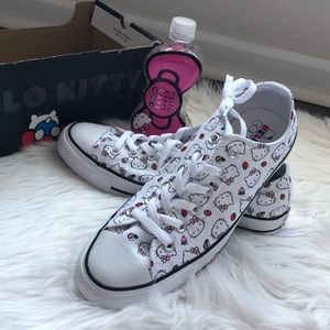 Hello Kitty Converse, size 10